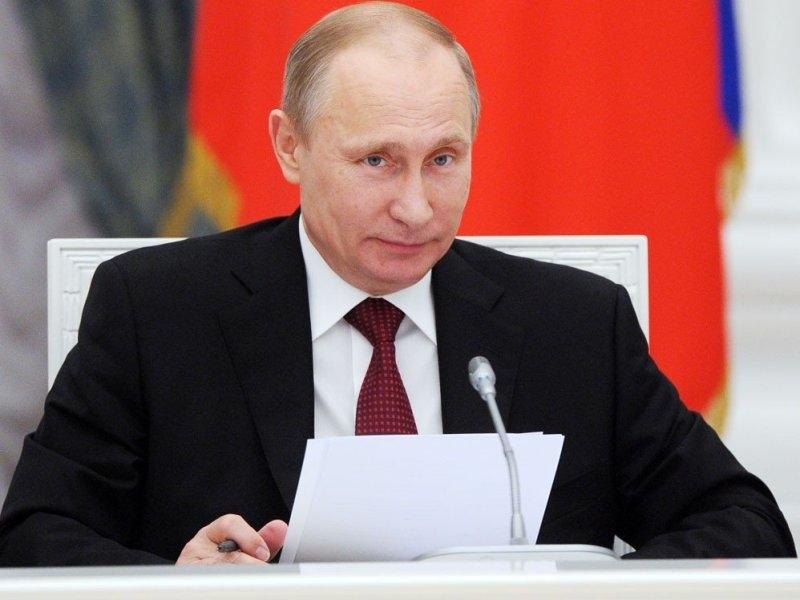 Жителей 43 регионов России спросили обэффективности Путина вусловиях коронавируса